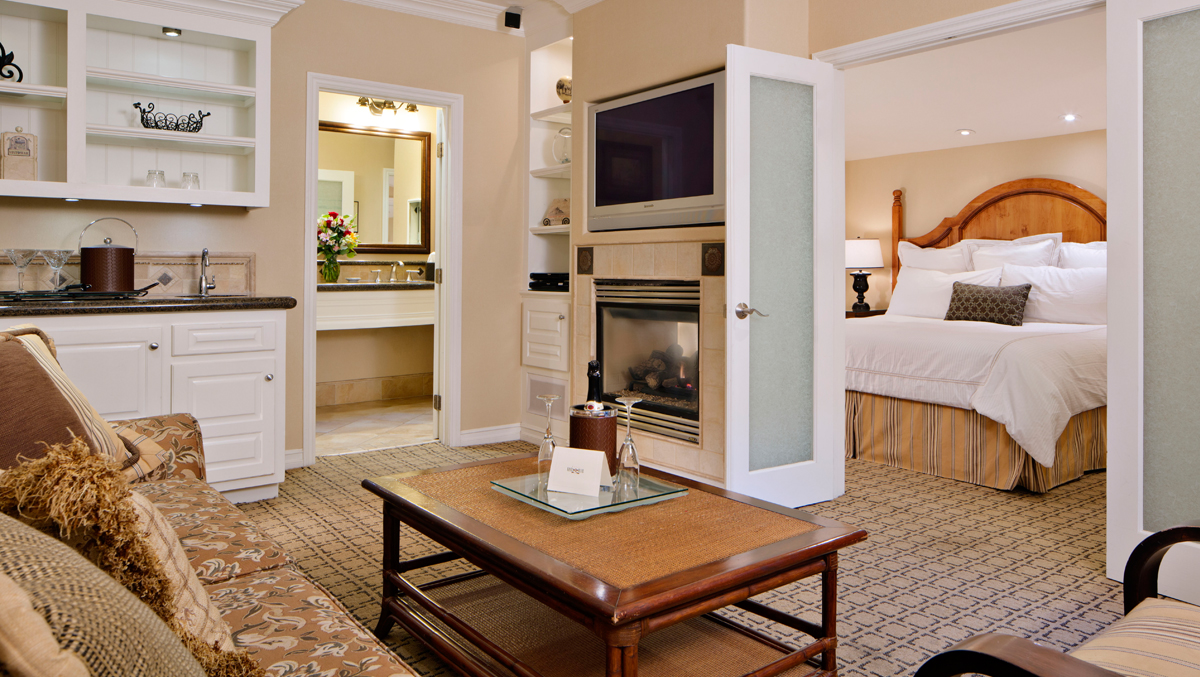 Avalon Courtyard Suite